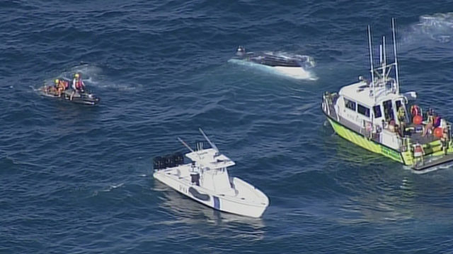 10 rescued after boat capsizes off Sunny Isles Beach
