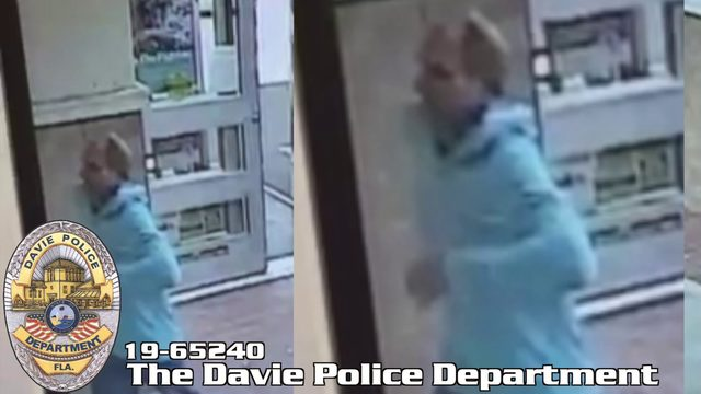 Authorities search for man who robbed Davie Walgreens with knife