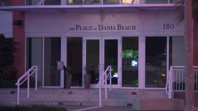 Dania Beach apartment building evacuated after rooftop pool began leaking