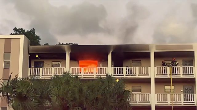 Coral Springs apartment residents displaced due to fire inside top floor unit