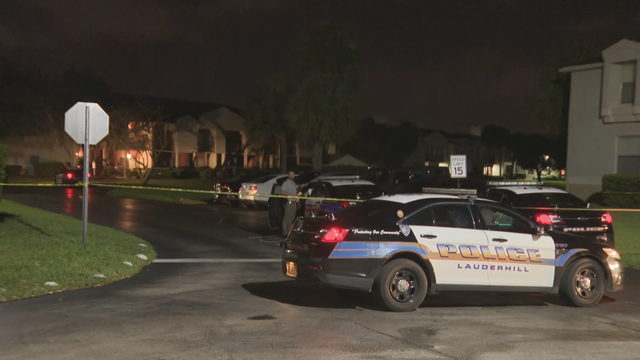 Woman in custody after girlfriend found shot at Lauderhill apartment complex