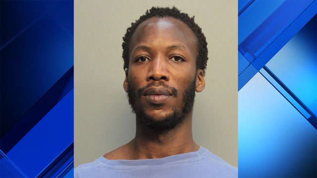 Man accused of trying to rob pregnant woman in Miami Beach