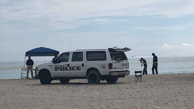Woman's body found on beach in Hollywood