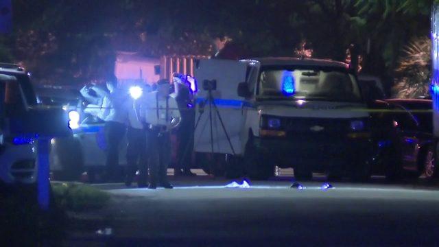 Man fatally shot in head in West Little River neighborhood
