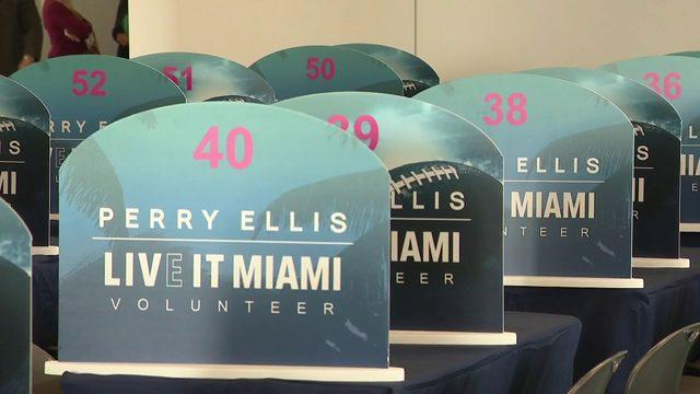 Super Bowl volunteer headquarters unveiled in Miami