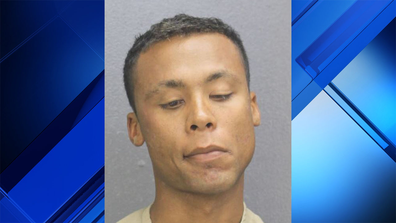 Former Dolphins star Jason Taylor pursues, detains burglary suspect at St. Thomas Aquinas