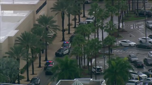 Reports of shooting leads to chaos at Town Center at Boca Raton