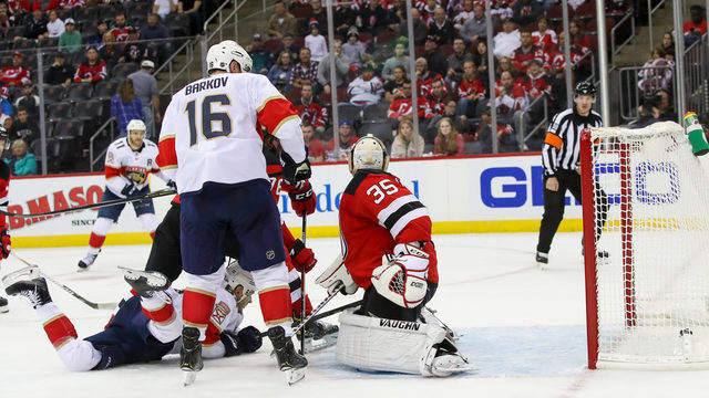 Connolly, Dadonov fuel Panthers comeback win over Devils