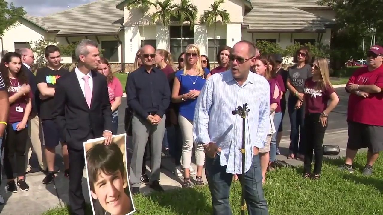 Parents of Parkland victims don't want former Broward Sheriff Scott Israel reinstated
