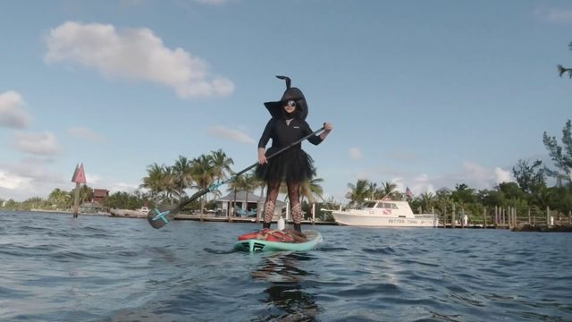 Witches and warlocks celebrate October full moon in Florida Keys