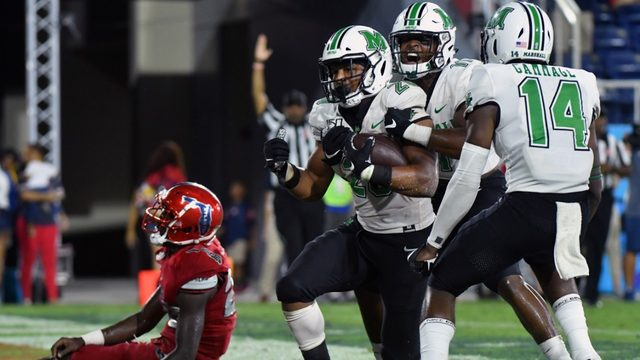 Marshall outlasts Florida Atlantic in wild fourth quarter