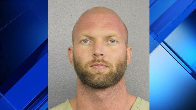 Florida man charged with manslaughter after beating peeping Tom to death