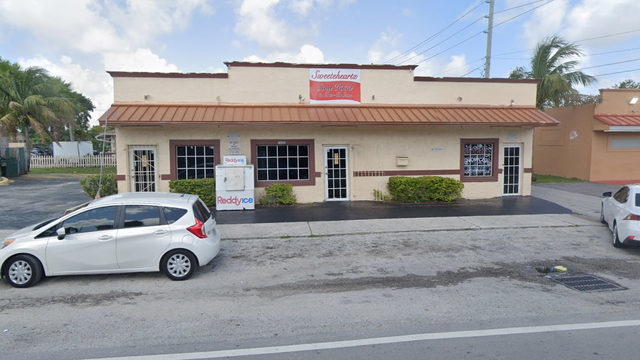 Mold found on cooked chicken during South Florida restaurant inspection