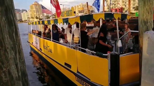Violent exchange between passengers on water taxi