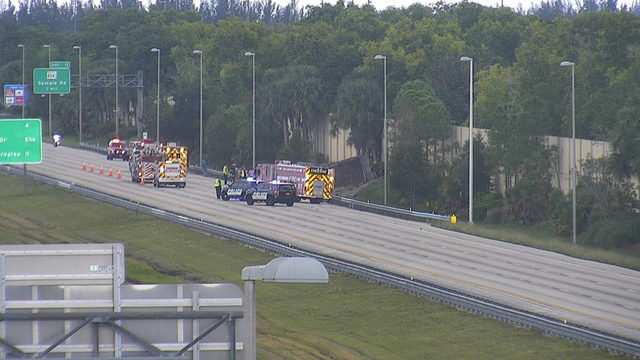 30 gallons of diesel spill in Sawgrass Expressway rollover accident