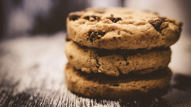 Cookies as addictive as cocaine, study shows