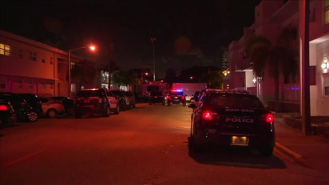 SWAT officers find body in Miami Beach apartment after negotiating with…