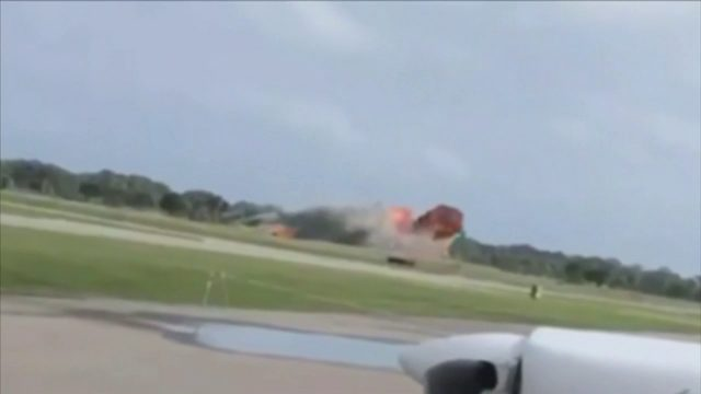 Weather postpones air show another day as investigators continue looking…