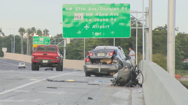3-vehicle crash on Dolphin Expressway sends 1 to hospital