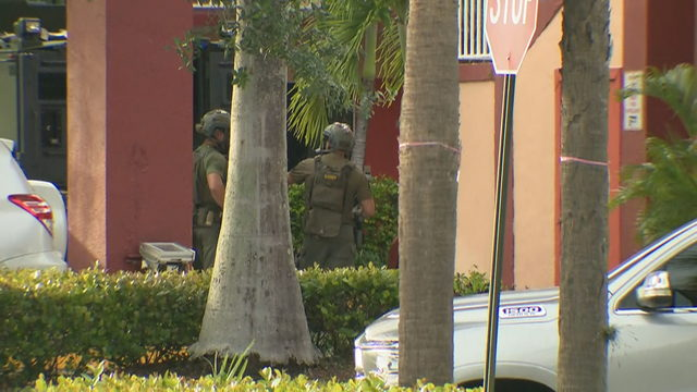 SWAT responds to Plantation hotel for barricaded subject with multiple warrants