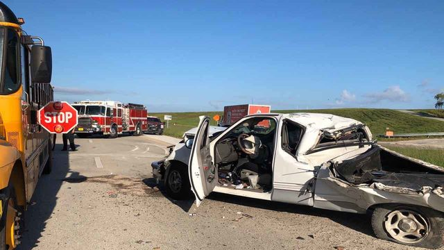 5 children taken to hospital after school bus crash on US Highway 27