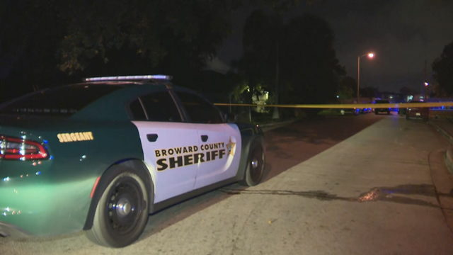 Deputies investigate shooting near Fort Lauderdale that left man dead