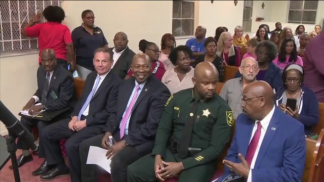 Battle for Broward's top cop as candidates meet at forum